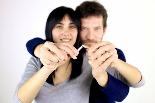 De voordelen van samen stoppen met roken